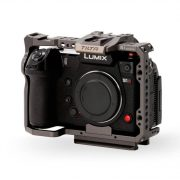 Full-Camera-Cage-for-Panasonic-S-series-–-Tilta-Gray-TA-T38-FCC-G_front34_Legacy-2-scaled